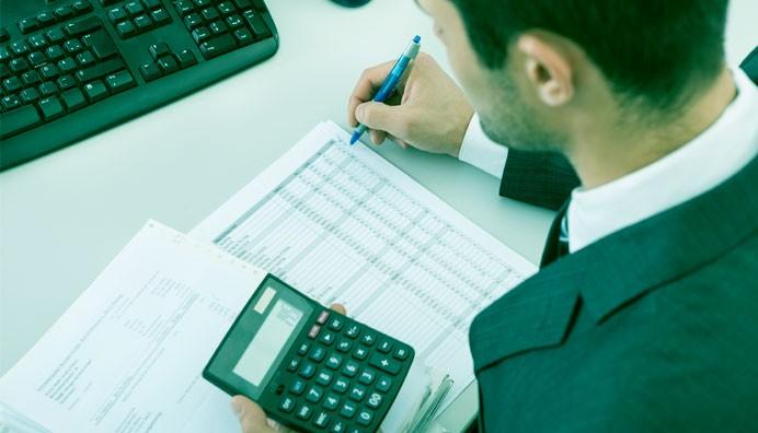 Riikka Lehtinen kertoo kolumnissaan miten vuosilomalain muutokset vaikuttavat palkanlaskijan käytännön työhön
